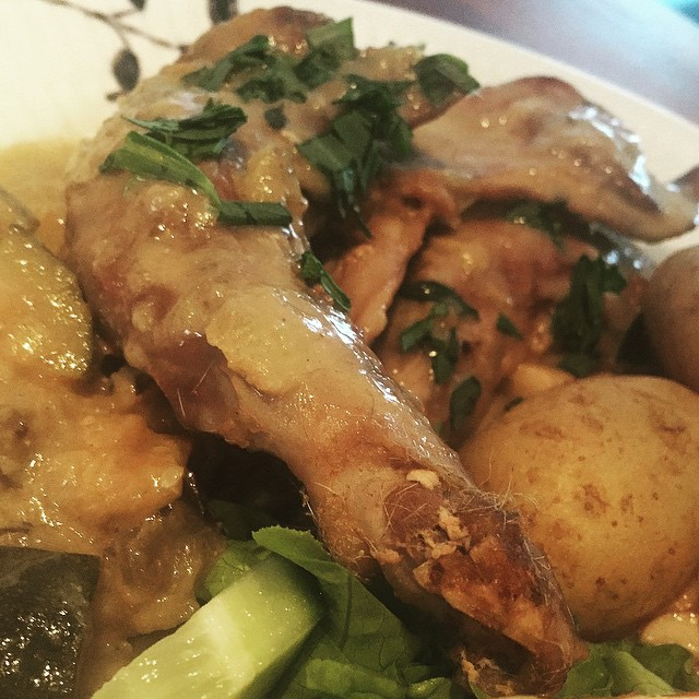 rabbit in tarragon sauce