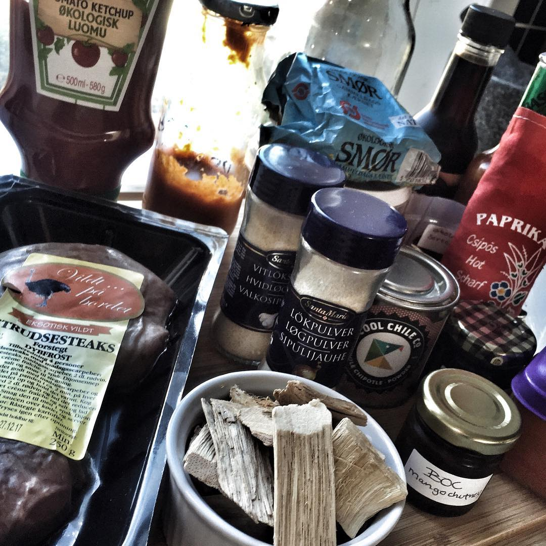 Ingredients for a bbq ostrich burger