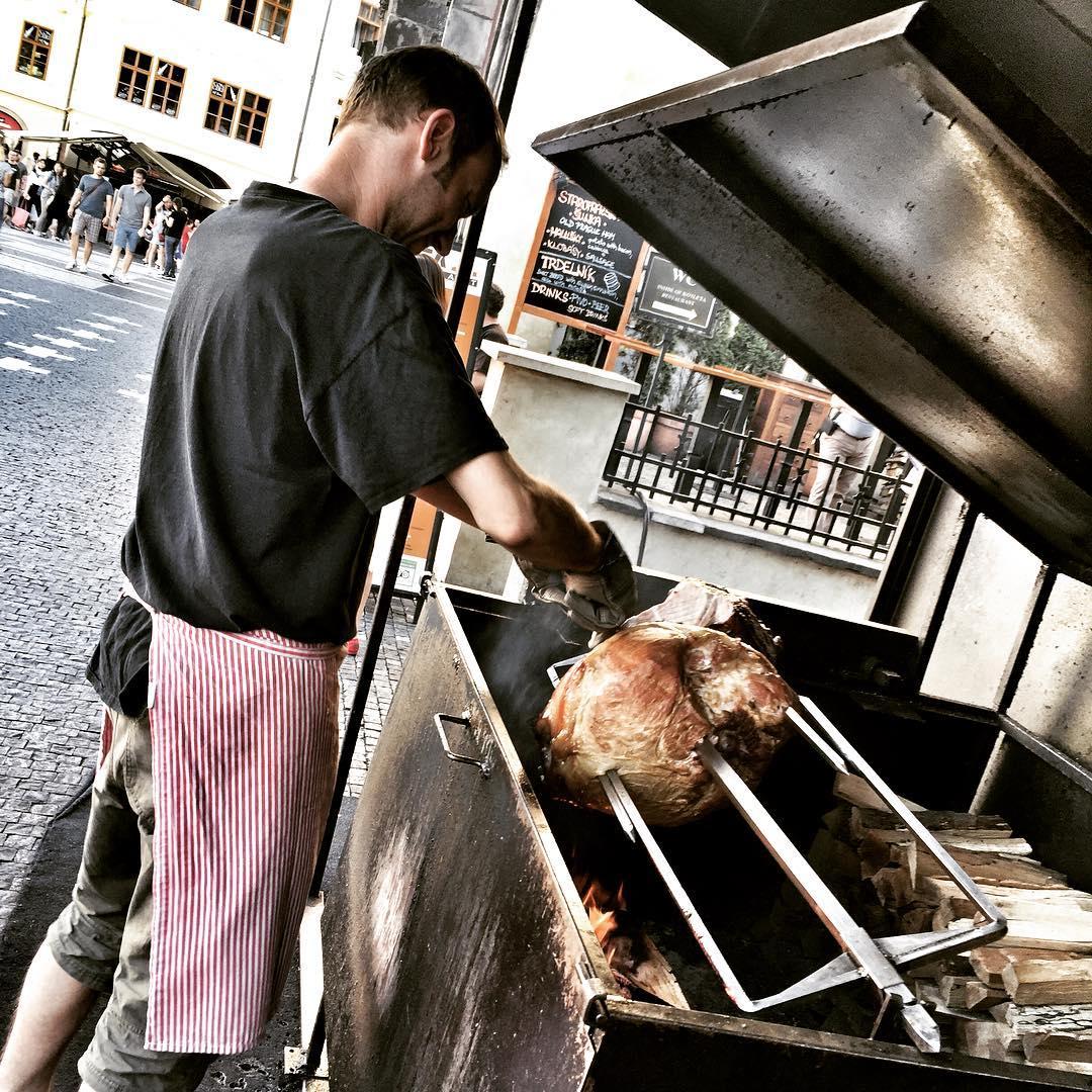 Carving Prague City Ham