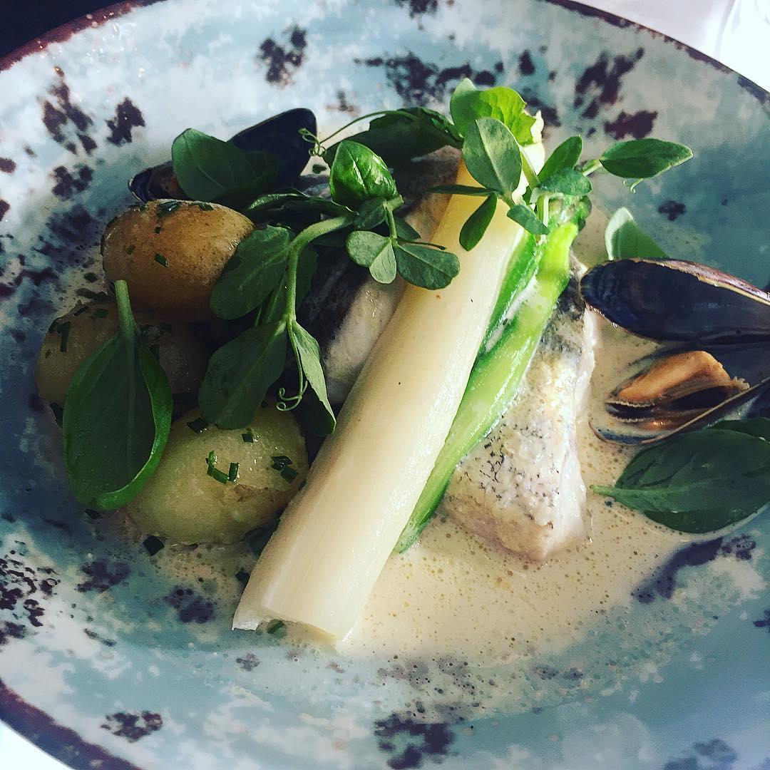 Hake, asparagus and new potatoes at Den Blå Kolding